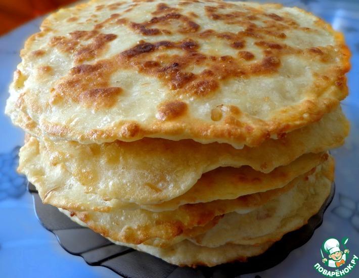 Рецепт: Сырные лепешки с начинкой