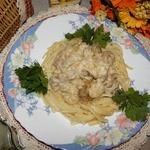 Мясо в луково-сливочном соусе