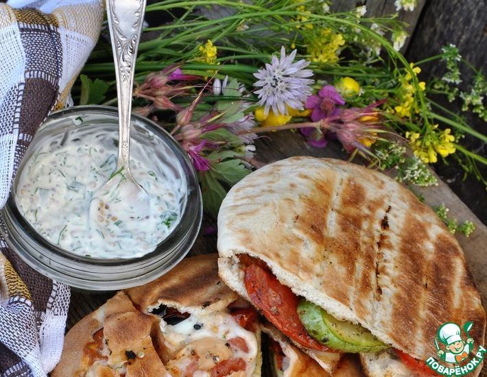 Рецепт: Лепешки с овощами-гриль и моцареллой