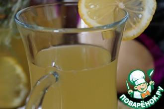 Рецепт: Лимонад с розмарином и имбирем