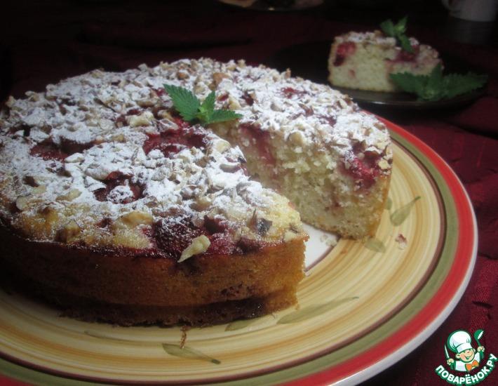 Рецепт: Йогуртовый пирог с клубникой