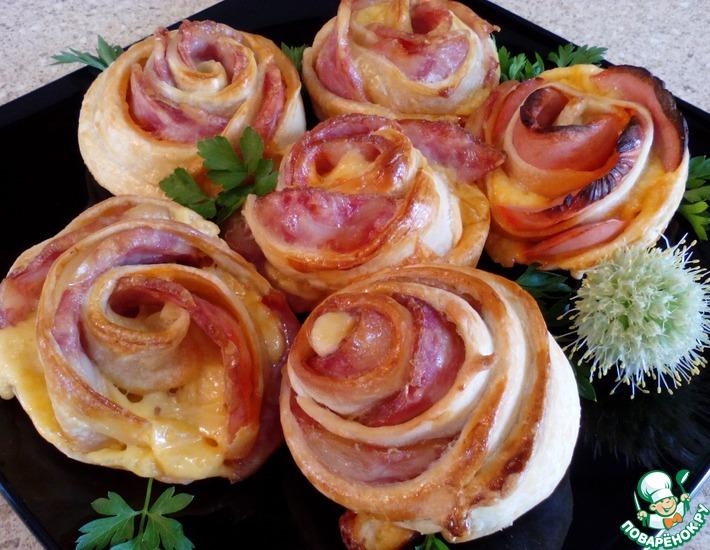 Рецепт: Слойки к завтраку Утренние розы