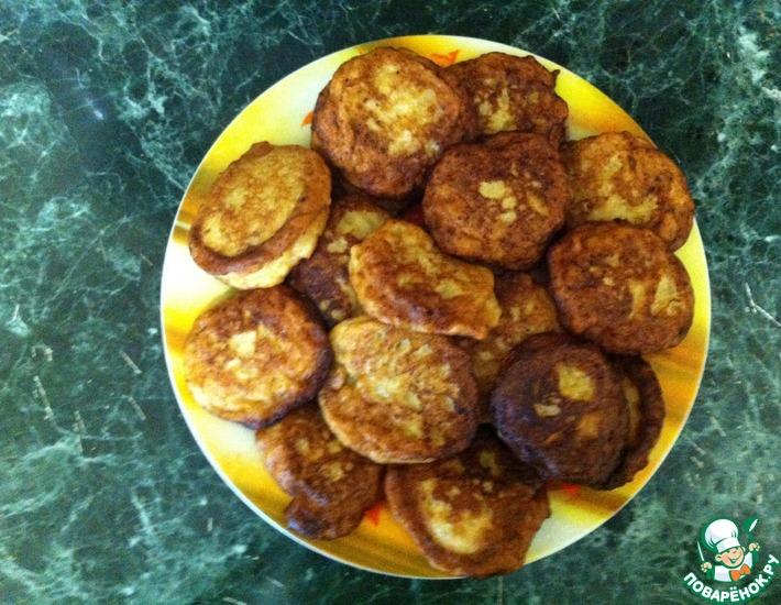 Рецепт: Яблочно-творожные оладьи