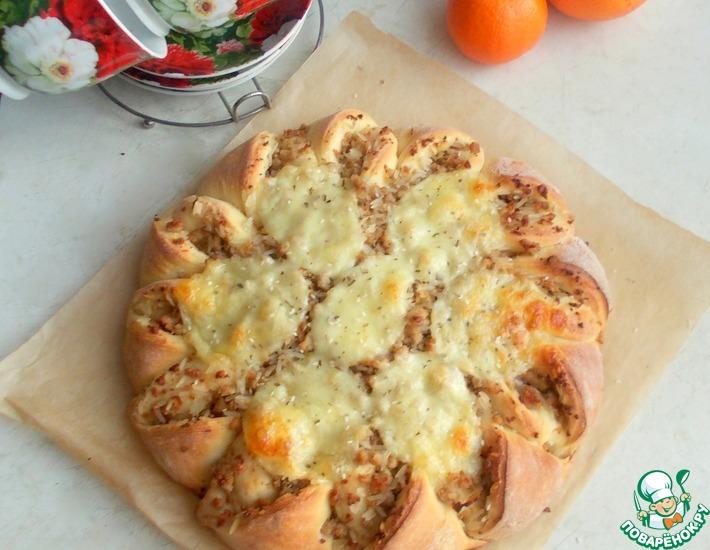 Рецепт: Мясной пирог с рисом и моцареллой