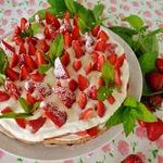 Торт Клубничный лес