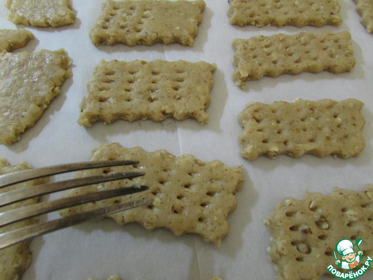 Крекер с медом и грецкими орехами