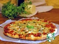 Хлеб и пицца с тремя сырами по-итальянски ингредиенты