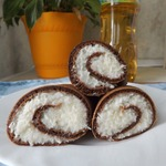 Шоколадные блины с кокосовой начинкой