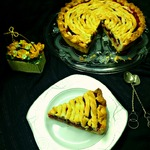 Пирог с вишней и белым шоколадом