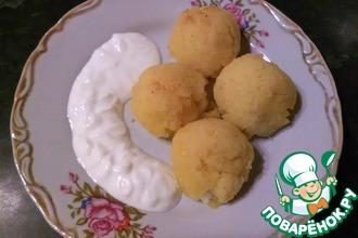 Рецепт: Шарики с брынзой из мамалыги