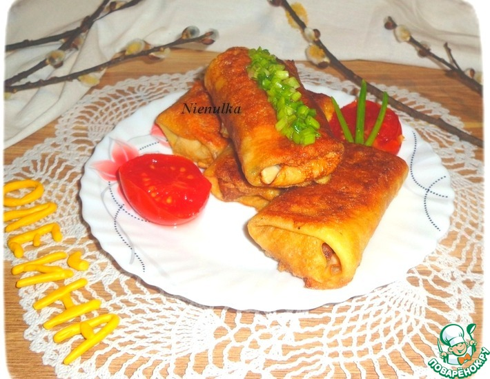 Рецепт: Блины с карамелизованным луком и картофелем
