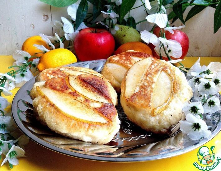 Рецепт: Яблочные оладьи с грушевым припеком
