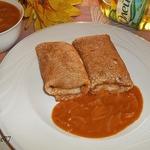 Блинчики Уютные с луковым соусом