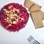 Теплый салат из свеклы с грибами – кулинарный рецепт