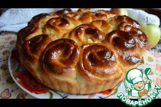 Рецепт: Воздушные булочки с яблоками на кефире