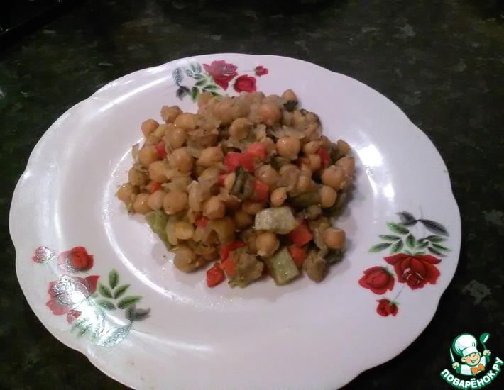 Рецепт: Теплый салат Нут с карамелезироваными овощами