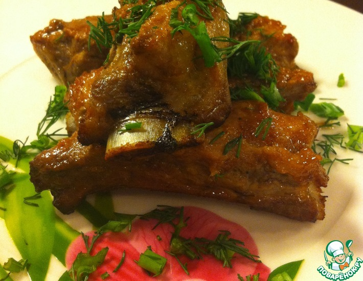 Рецепт: Ребрышки в сладком соусе с ароматом дымка