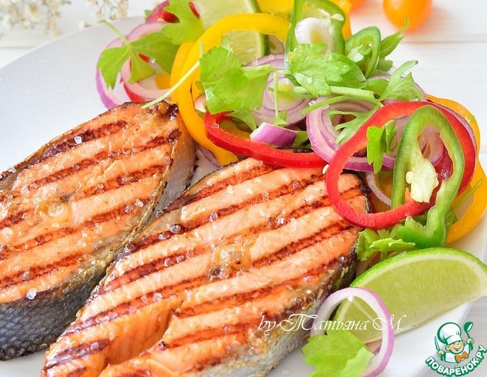 Рецепт: Вок-форель с весенним салатом