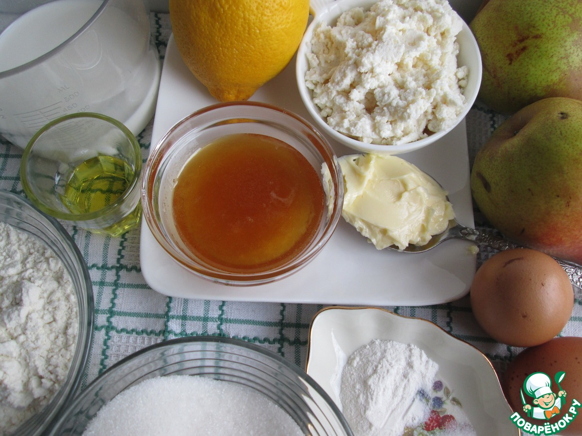 Лимонные блины с грушами