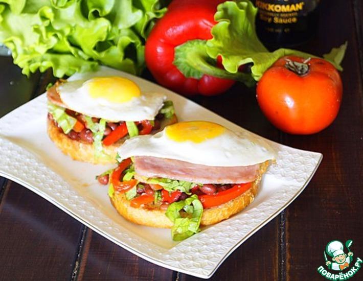 Рецепт: Гренки с салатом Весенний завтрак