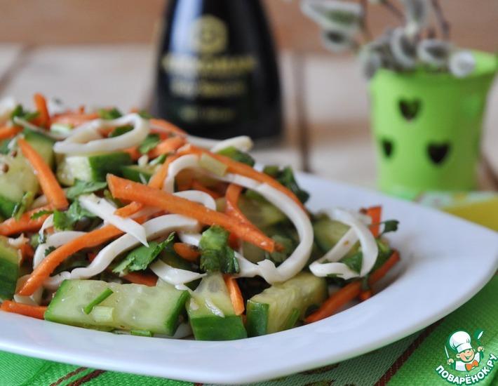 Рецепт: Китайский салат из огурцов и кальмара