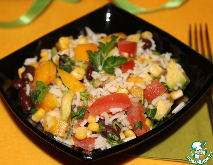 Рецепт: Постный салат с рисом и красной фасолью