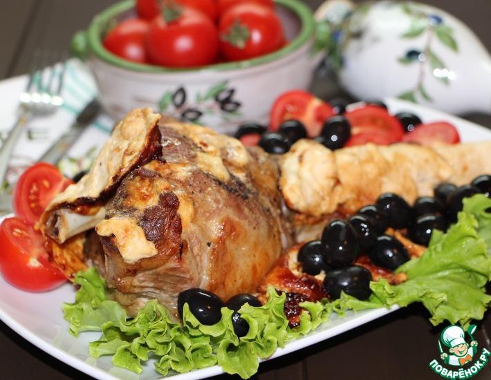 Рецепт: Баранина, запеченная с йогуртовым соусом