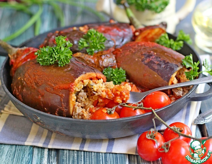 Рецепт: Баклажаны, фаршированные булгуром и овощами