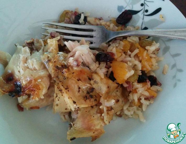 Рецепт: Курица-гриль, фаршированная рисом и сухофруктами