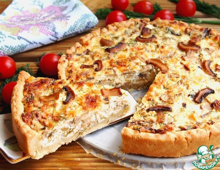 Рецепт: Открытый творожно-сырный пирог с шампиньонами