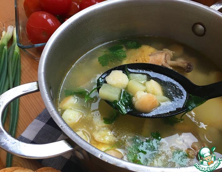 Рецепт: Куриный суп с манными клёцками