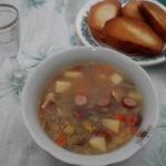 Гороховый суп со свиными ушами
