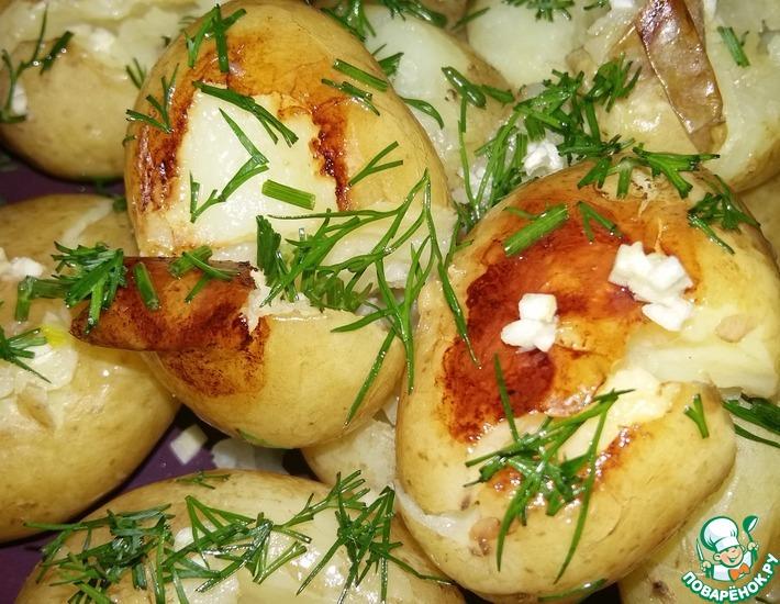 Рецепт: Ароматный молодой картофель в мультиварке