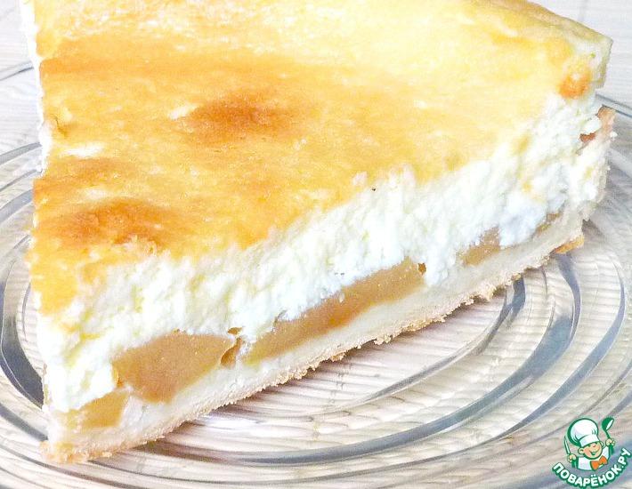 Рецепт: Яблочный пирог под нежнейшей заливкой