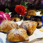 Венгерские ватрушки с карамелизированными грушами