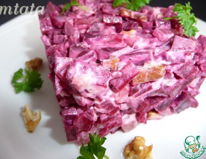 Рецепт: Салат со свеклой и индейкой