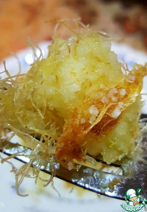 Рецепт Пирог с творожным суфле из теста кадаиф