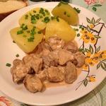 Свинина под соево-сметанным соусом