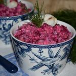Салат со свеклой и рыбой Зимний