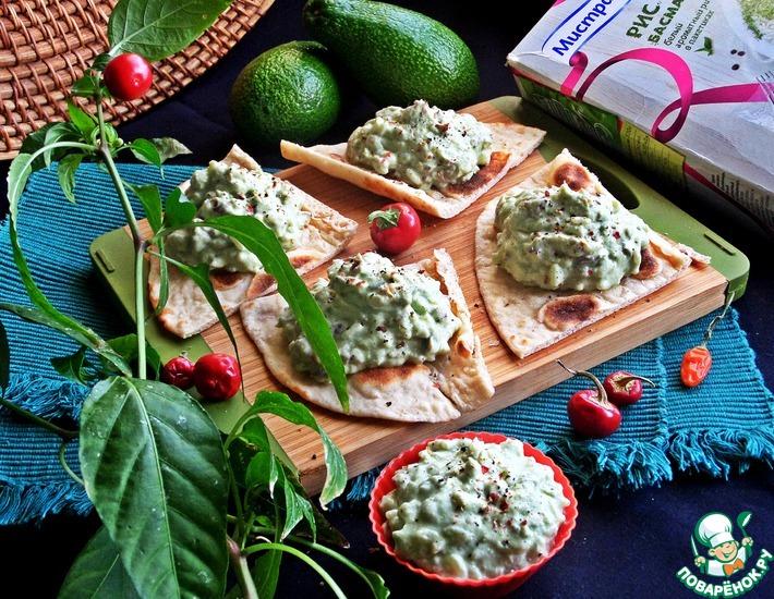 Рецепт: Паштет-салат из авокадо и риса