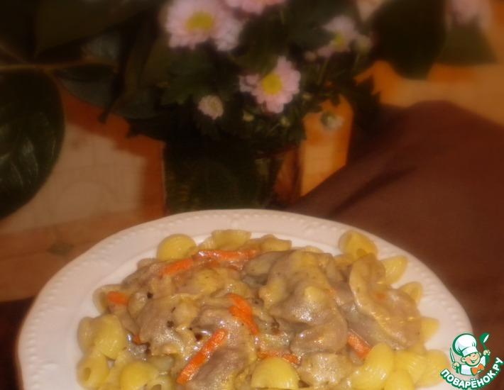 Рецепт: Куриные желудки в соусе с травами