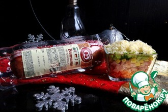 Рецепт: Салат с ветчиной Новогодний переполох