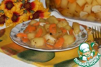 Рецепт: Кабачки в пикантном соусе на зиму
