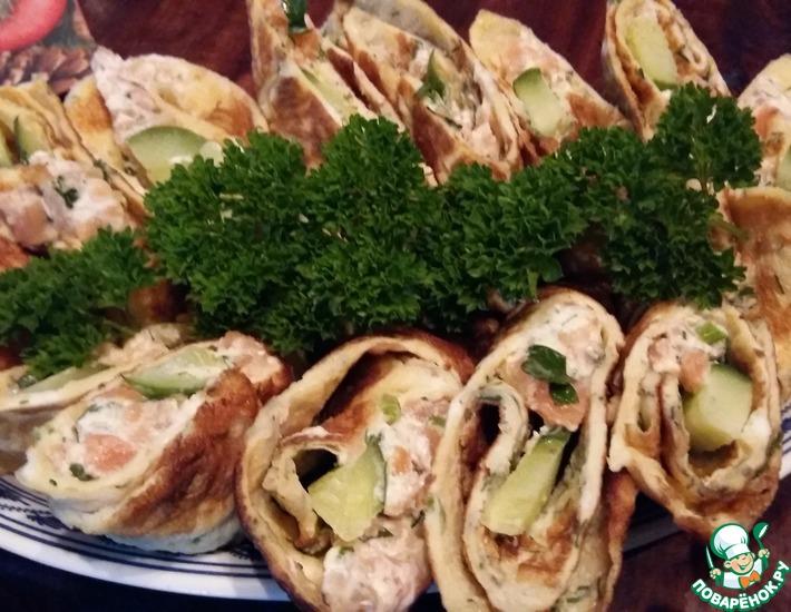 Рецепт: Роллы из омлета с лососевым кремом
