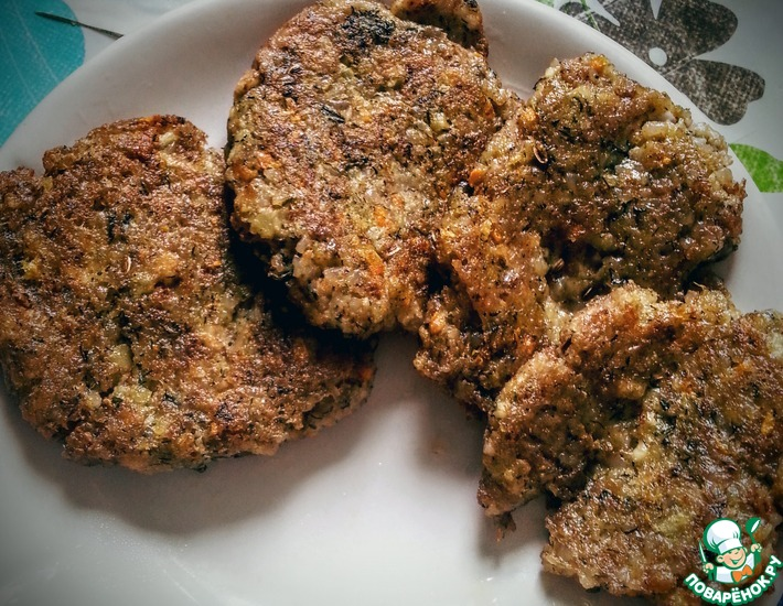 Рецепт: Шницели из гречки с сыром и овощами
