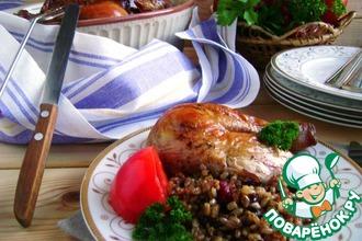 Рецепт: Курица, фаршированная рисом и вяленой вишней