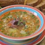 Фасолевый суп с яблоками и печенью