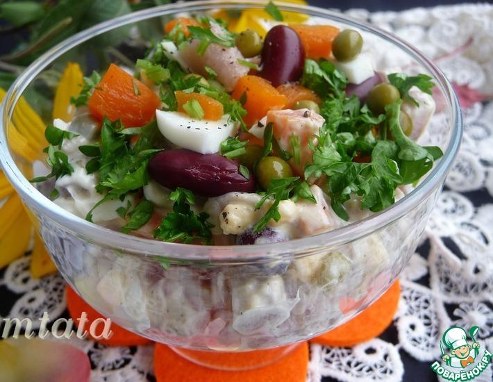 Рецепт: Салат с солёной сельдью и фасолью