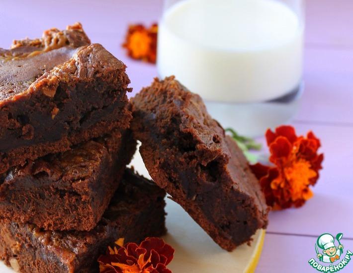 Рецепт: Пирожное Брауни с соленой карамелью