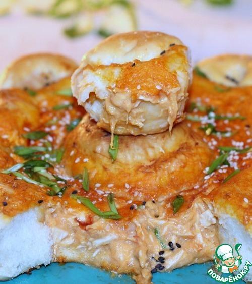 Рецепт Куриный дип Буффало с булочками